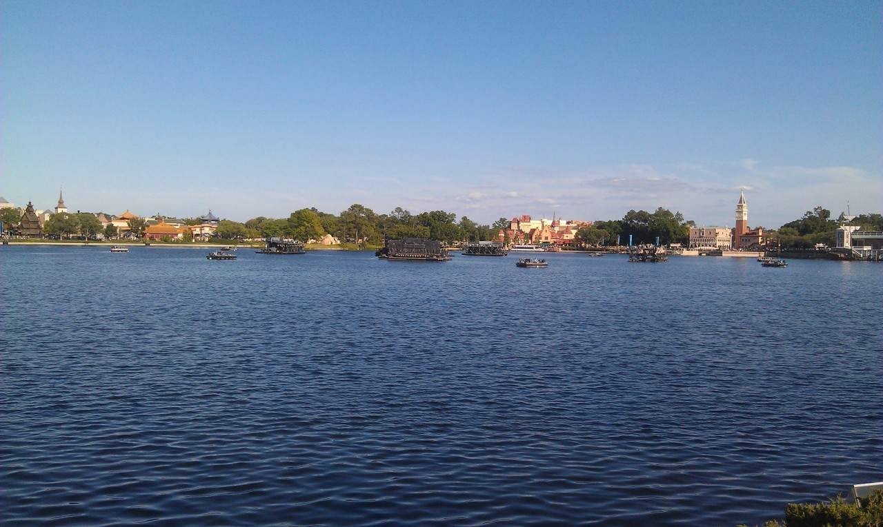 A random World Showcase lagoon picture.
