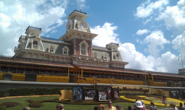 Finally made it into a park.  Five hours since arrivial at MCO.