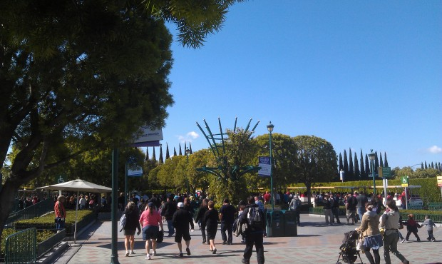 I wil be roaming the #Disneyland resort today.  a healthy crowd at the tram stop.
