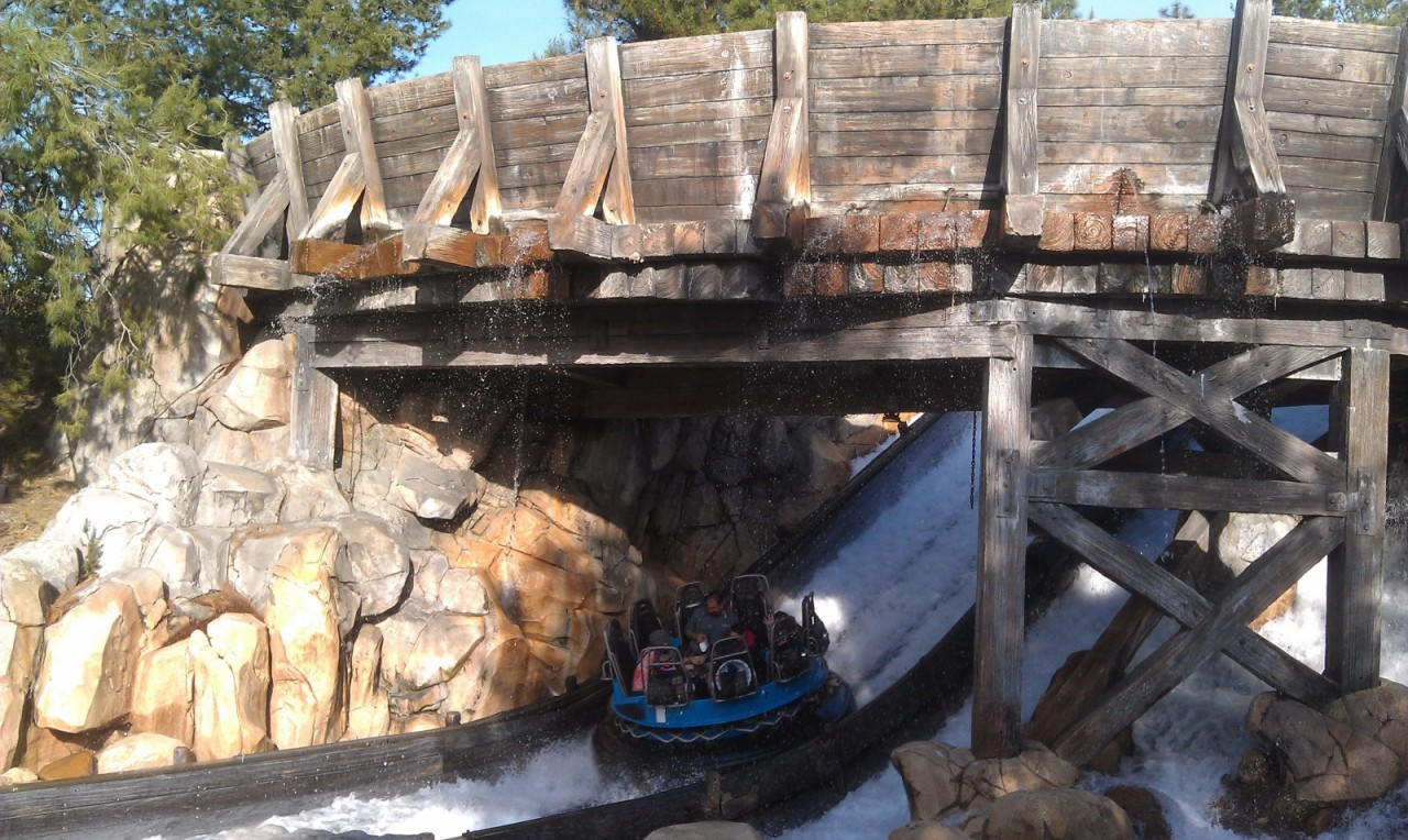 Noticed the rafts on the final drop of GRR were not being spun.  Has it been this way since it reopened?