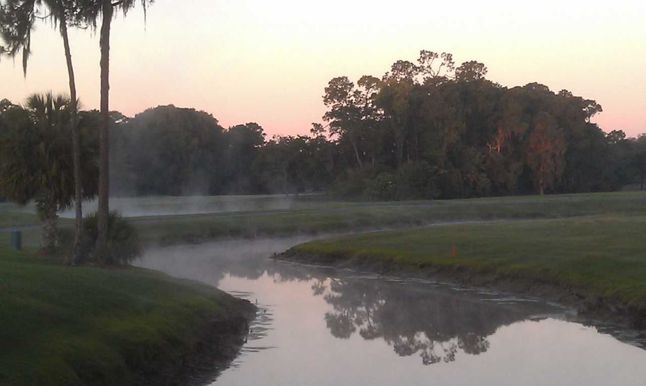 Starting off the morning with a quick round at Oak Trail.  the water ways are steaming this morning.