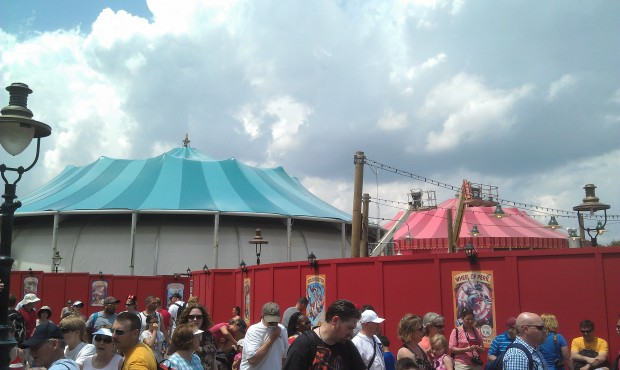 The blue tent has the roof done and the red one looks nearly complete.