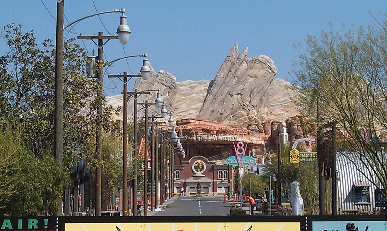 A look down Route 66 of Cars Land.  Notice the street light and wires are in.