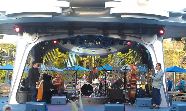 Rumble King are at Tomorrowland Terrace this evening.