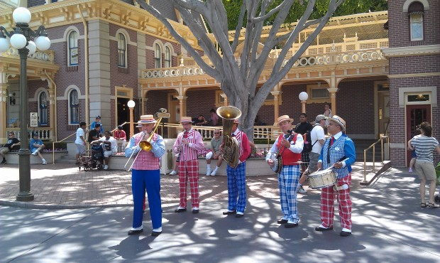 The Straw Hatters performing in Town Square.