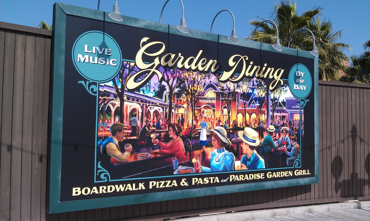 The second billboard as you head toward Screamin has been replaced and now features Paradise Gardens.