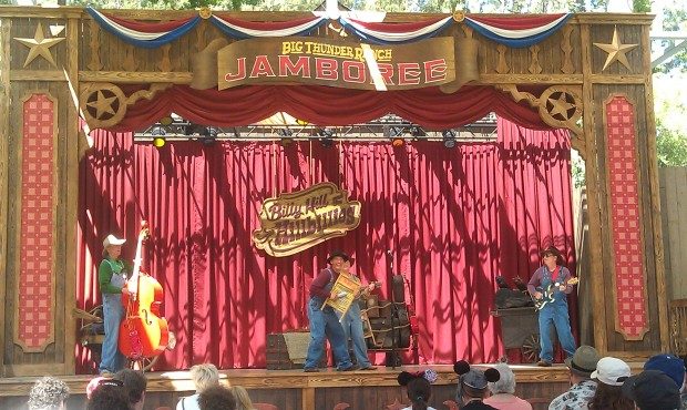 Billy Hill and the Hillbillies are at the Big Thunder Ranch Jamboree.