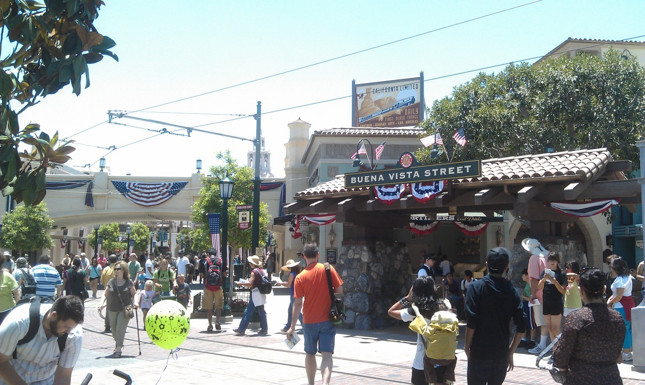 #BuenaVistaStreet is decked out for the 4th of July