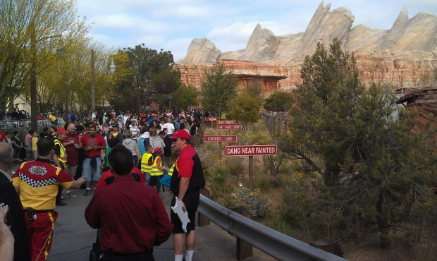 FYI the Racers line is back in #CarsLand entirely as of now.