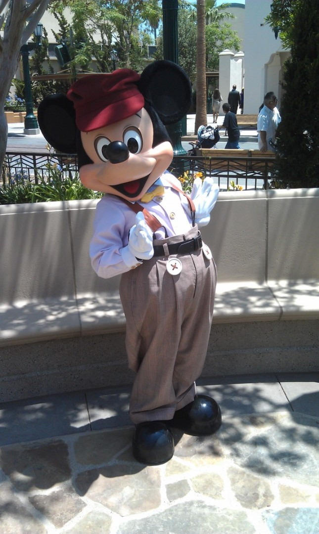 Mickey on #BuenaVistaStreet