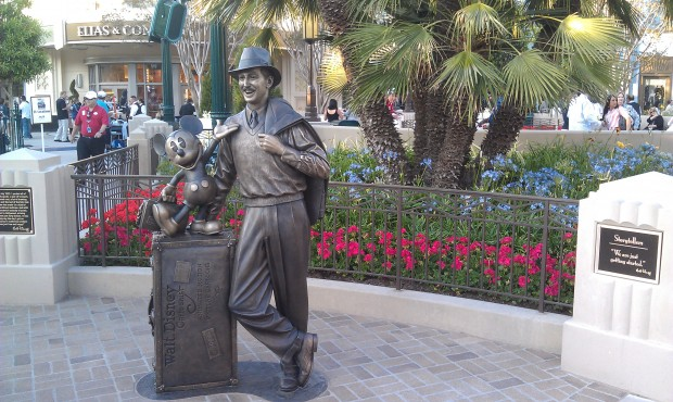 Storytellers in Carthay Circle