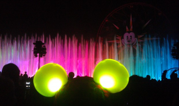 World of Color time.  Do you have your Glow with the Show Mouse Ears?