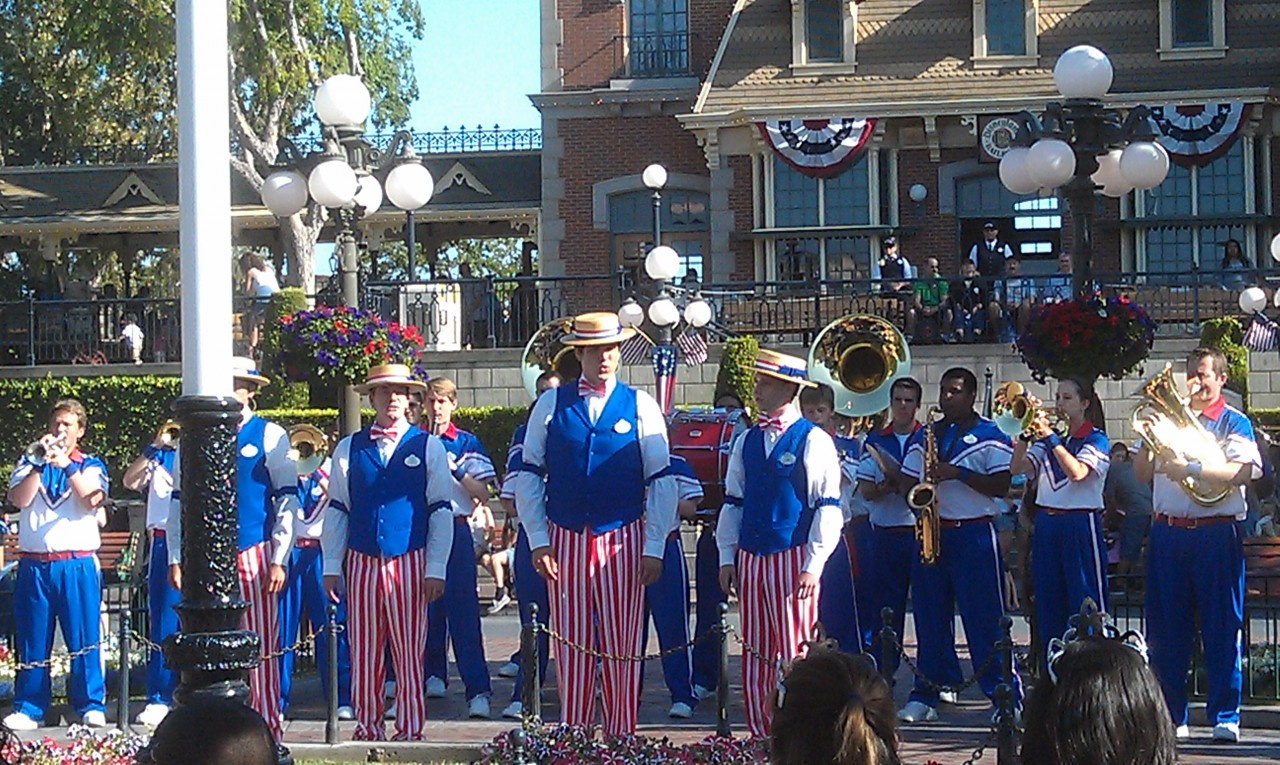 The Dapper Dans are ready for the 4th of July.