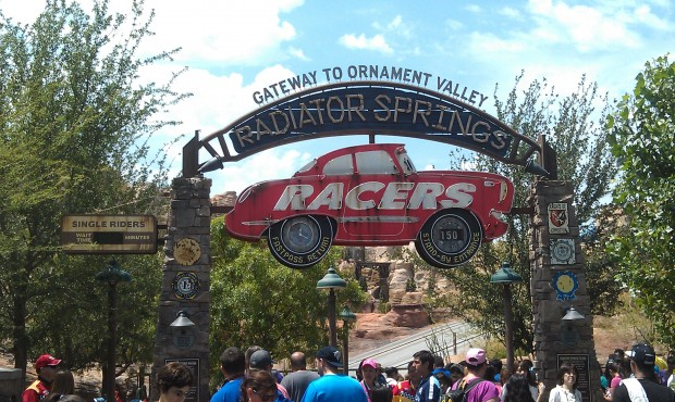 Radiator Springs Racers are currently 150 min in #CarsLand