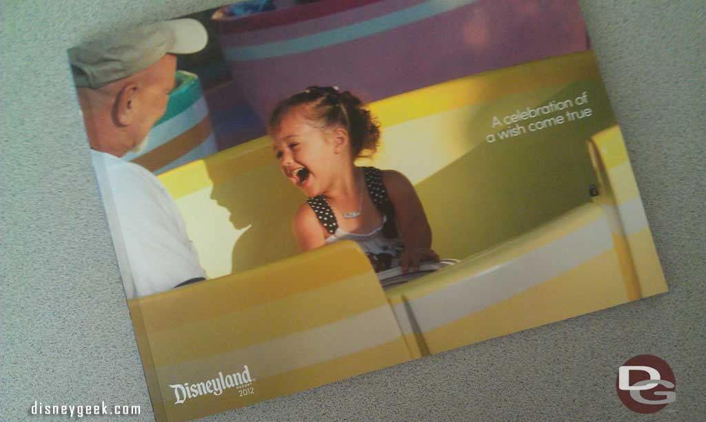 A Celebration of a Wish Come True (Disneyland AP Book)