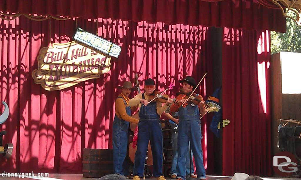 The Haunted Hillbillies performing the Devil Goes Down to Georgia