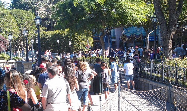 The Jake meet and greet has moved down toward the River since Fastpass is back.