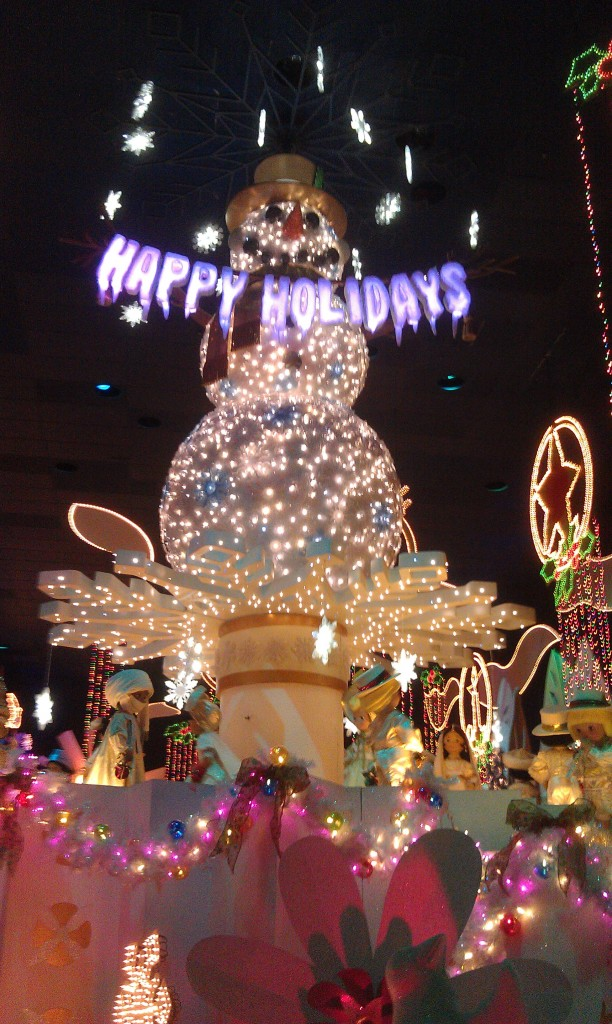 Happy Holidays finale to Small World Holiday