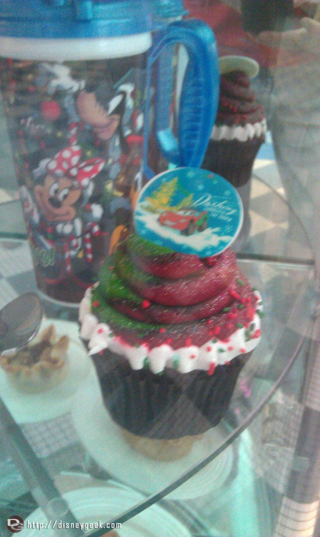 Holiday cupcakes in Flos