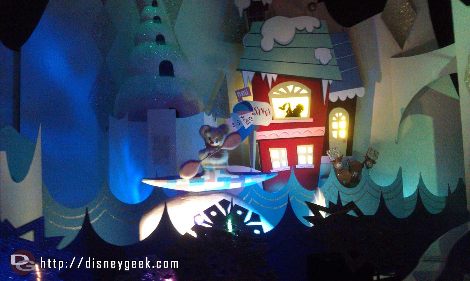 Small World Holiday, only a five minute wait this afternoon