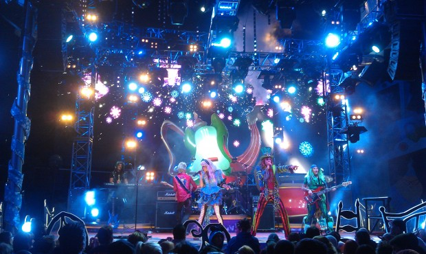 There is snowfall during the finale of the #MadTParty and a couple Christmas songs.