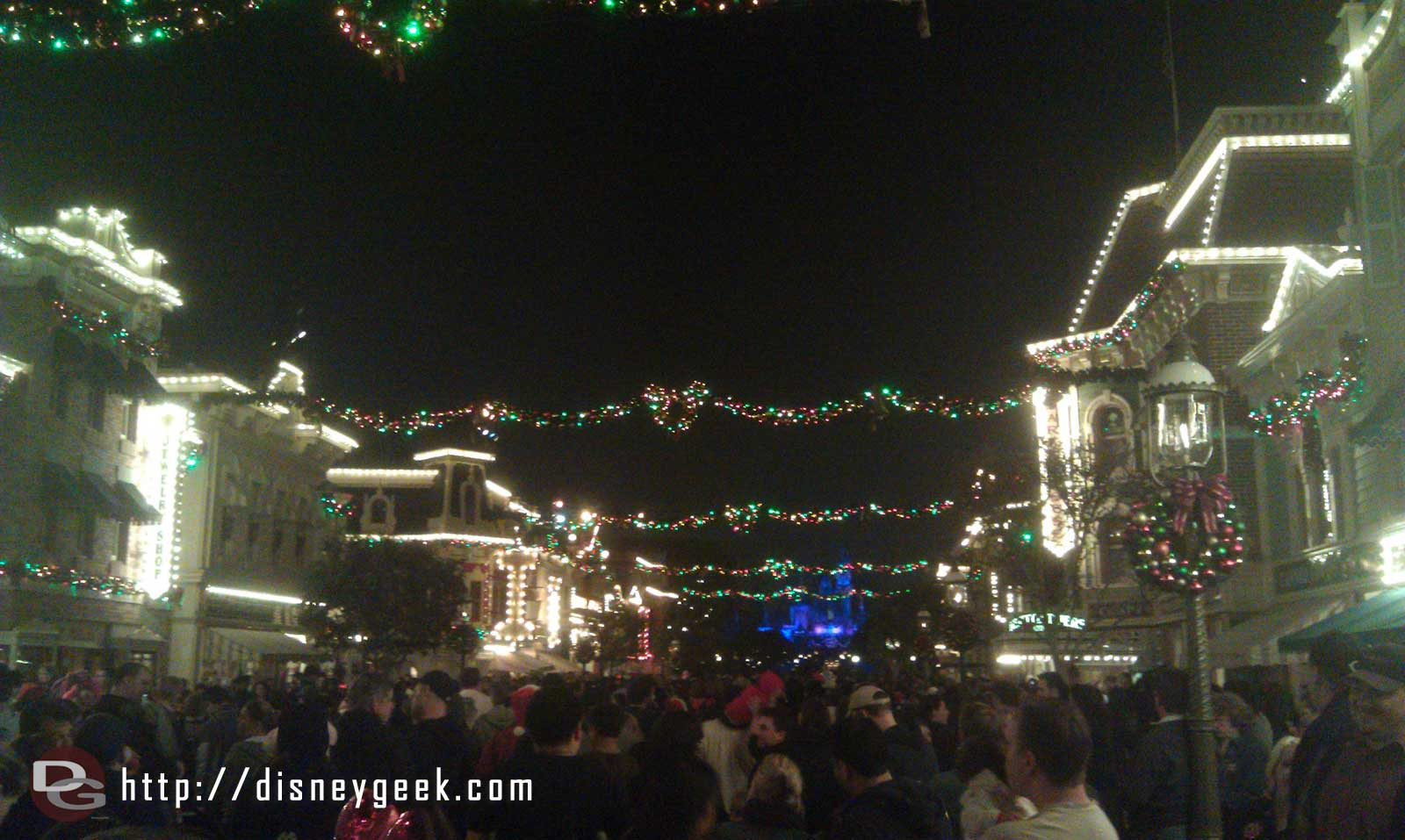 Main Street has a good crowd for the show.