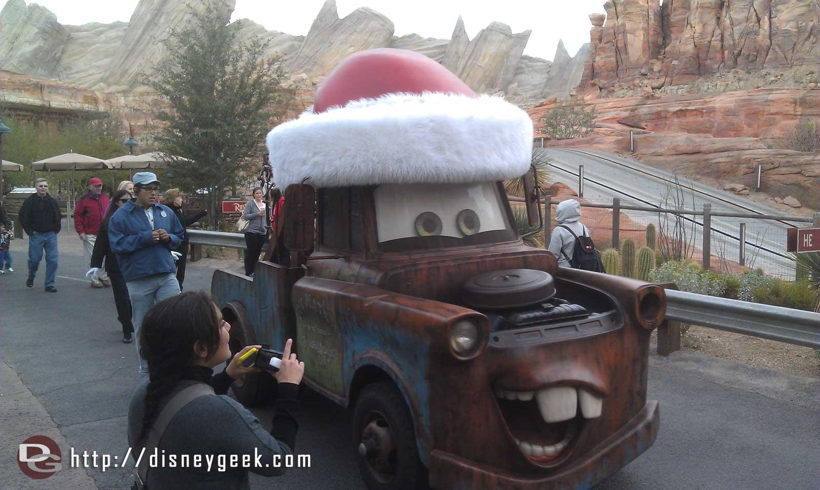 Santa Mater cruising through #CarsLand