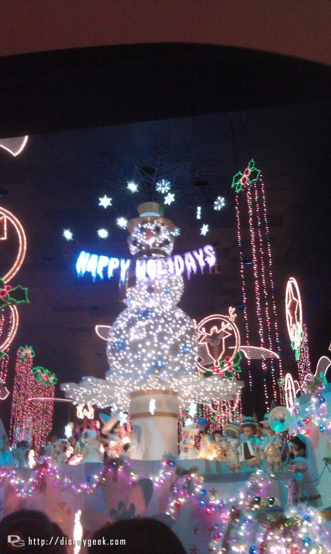 Small World Holiday – Happy Holidays Snowman