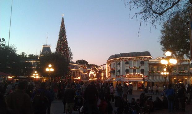 Back to #Disneyland and Main Street USA