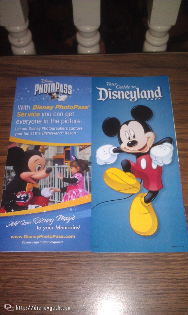 Current #Disneyland park map, notices Photopass has replaced Kodak on the back