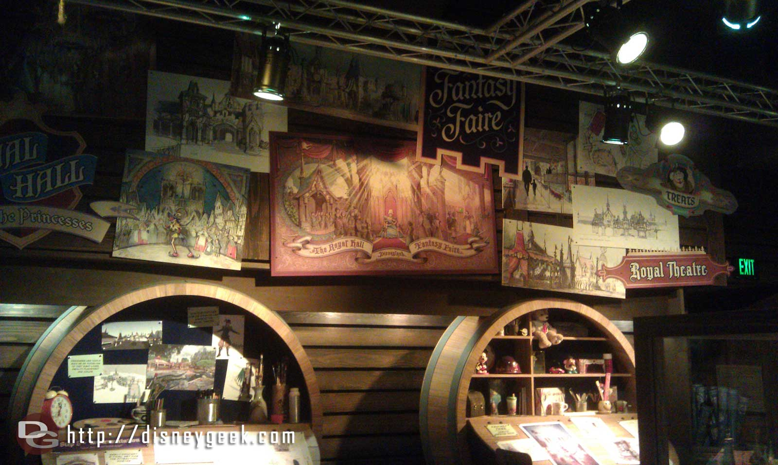 I will have an extensive look at the artwork of Fantasy Faire @ Blue Sky Cellar Saturday
