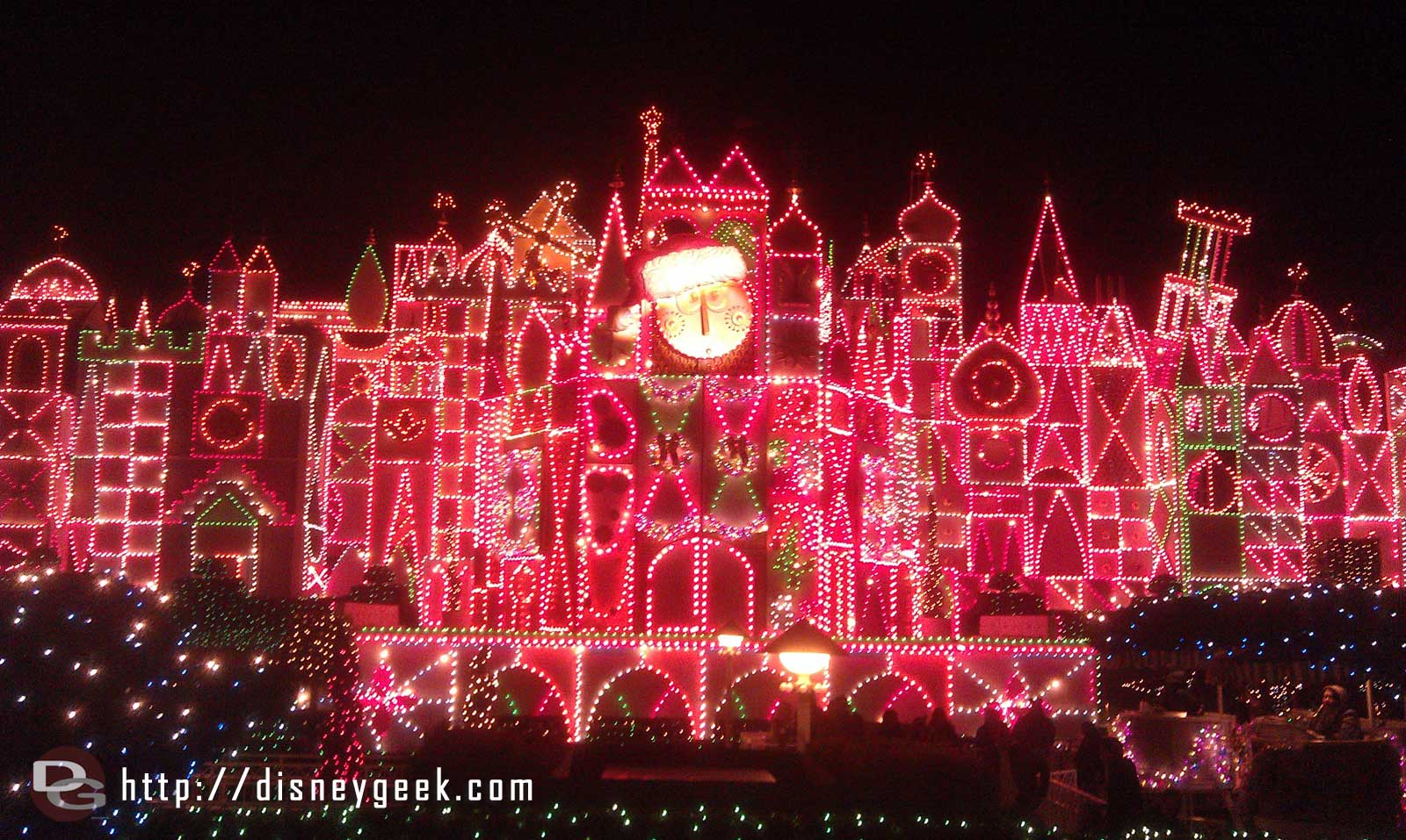 """it's a small world"" Holiday Starts Friday – Some Fun Facts from Disneyland"