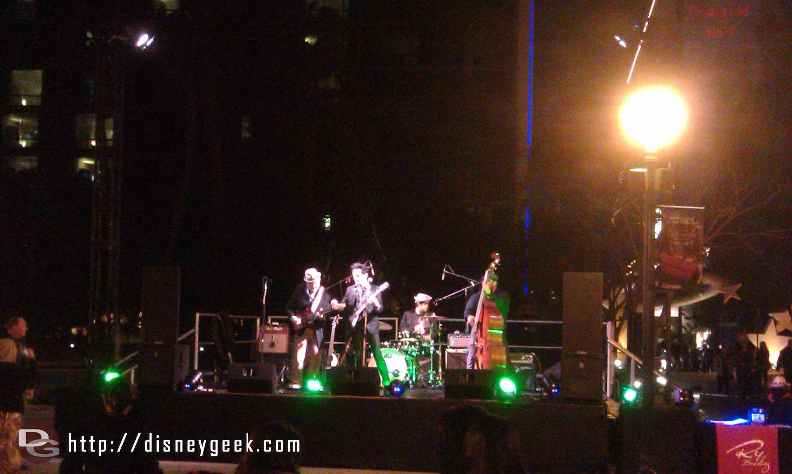 Ry Bradley performing a Hank Williams medley in Downtown Disney