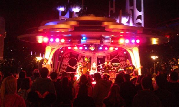 Suburban Legends at Tomorrowland Terrace tonight