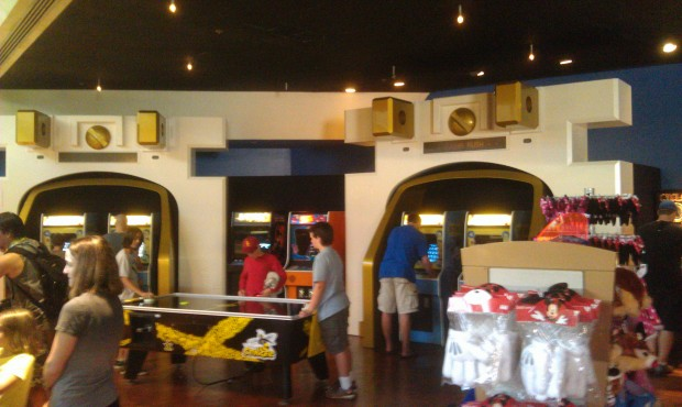 Walls are down in the Starcade.  More merchandise and some games, including Fix It Felix Jr.