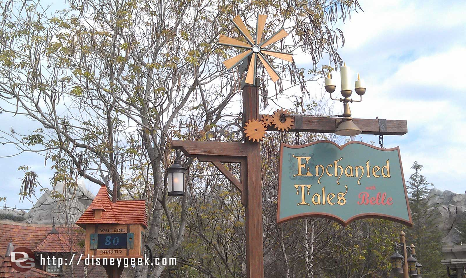 A posted 80 minute wait for Enchanted Tales with Belle this morning