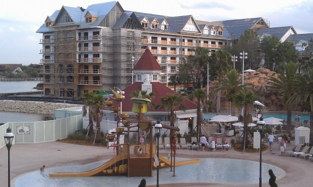 Another pic of the DVC work, in the foreground the Mad Tea Partt pool area