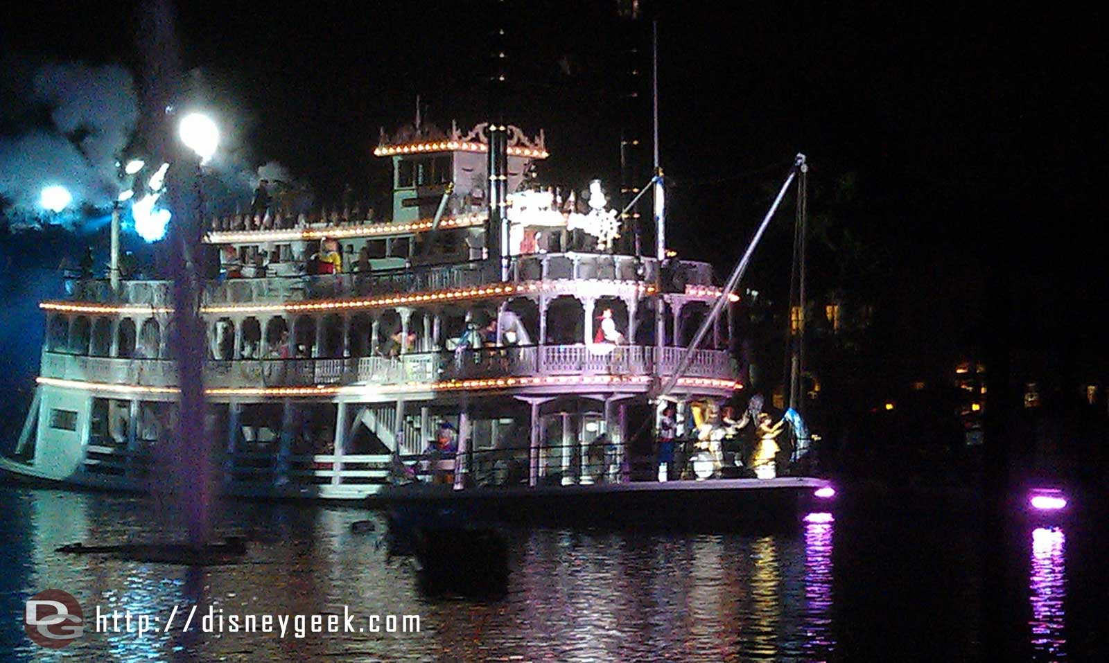 Great to see the Mark Twain back in Fantasmic
