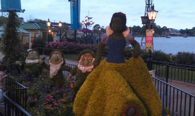 Snow White and the Seven Dwarf topiaries near Germany