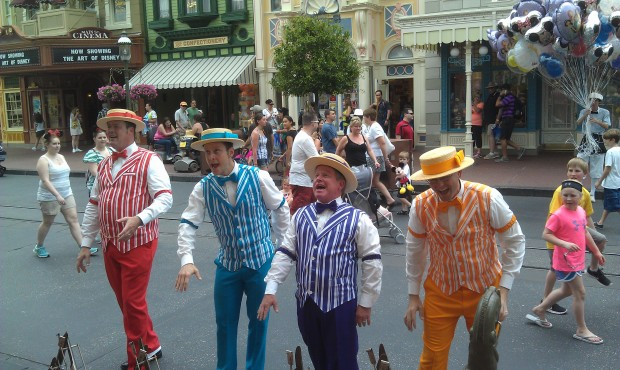 The Dapper Dans on Main Street