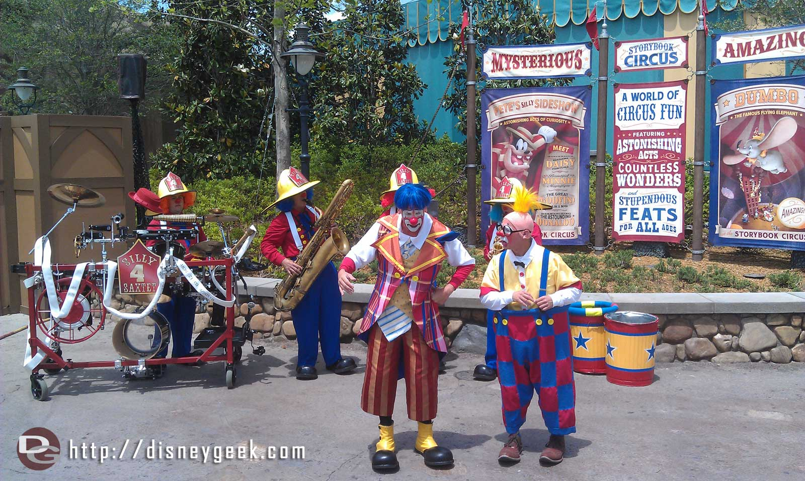 The Giggle Gang in Storybook Circus