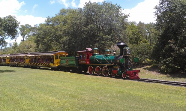 The Roger Broggie pulling out of Storybook Circus Station