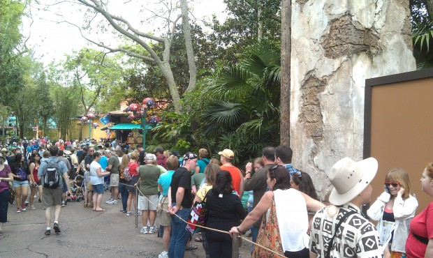 The merchandise line still stretches to the bridge to Africa #DAK15