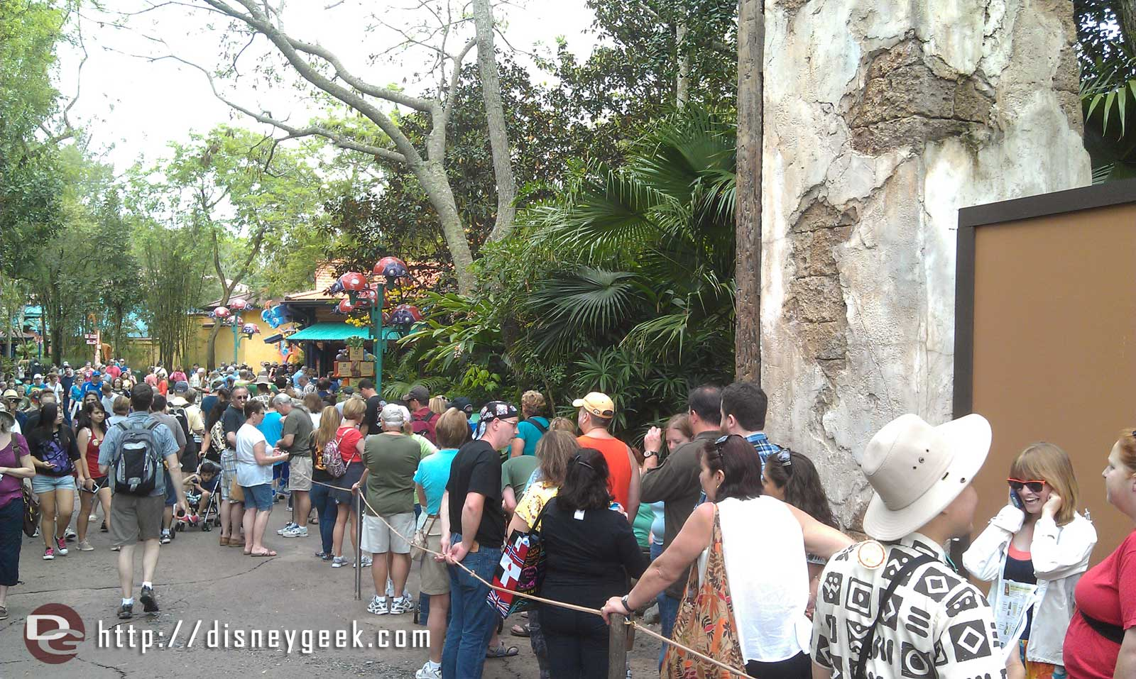 The merchandise line still stretches to the bridge to Africa #DAK15