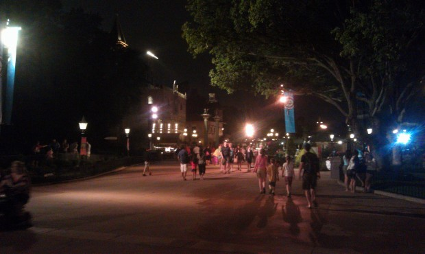 Walking World Showcase on a weeknight is much more open