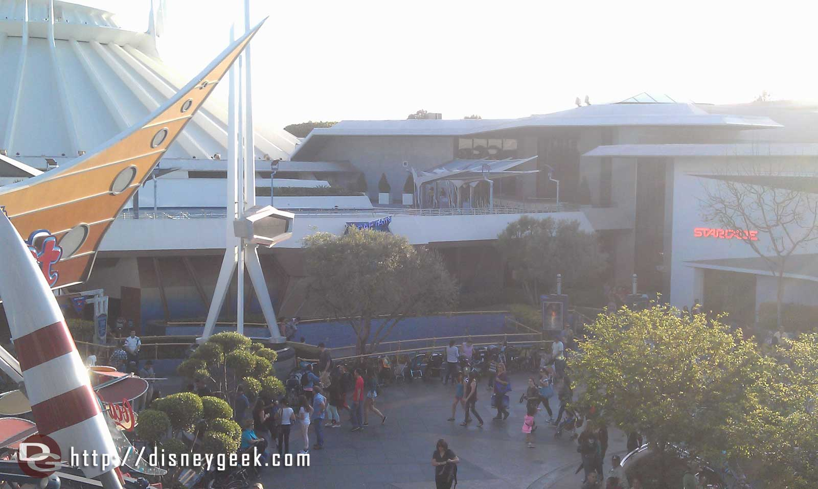 When was the last Space Mountain had a shorter wait (25) than Innoventions
