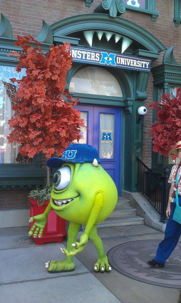 I showed up at the Monsters University photo spot just as Mike was leaving