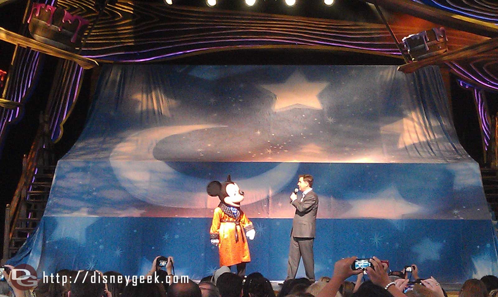 Mickey and Michael welcome everyone to the Premiere.  #JustGotHappier
