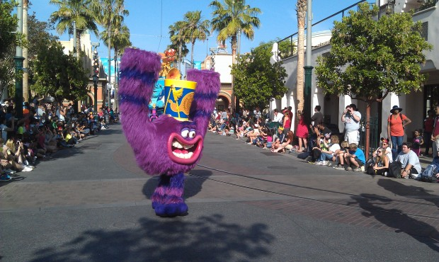 More of the Monsters University group in the Pixar Play Parade #JustGotHappier