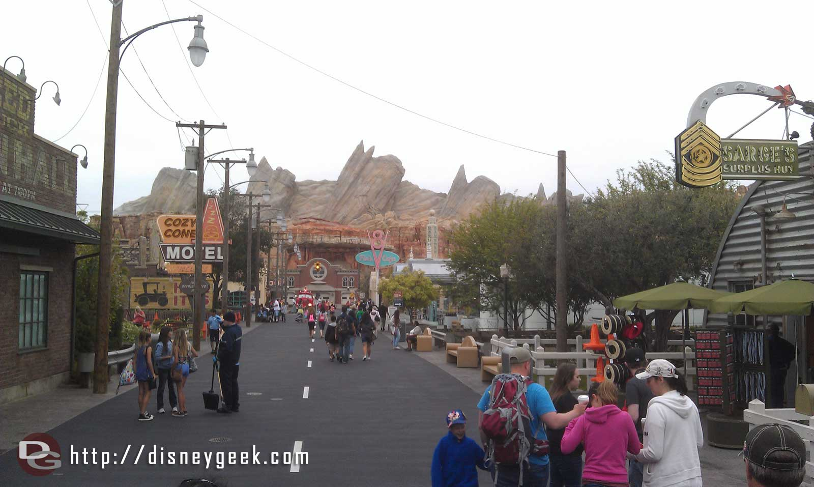 Radiator Springs is quiet this morning #CarsLand